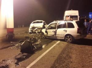 В лобовом столкновении на Кубани погибли два человека