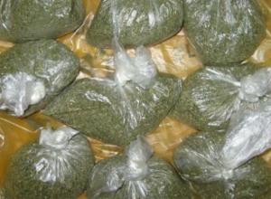 Житель Кубани пытался пронести в колонию марихуану