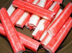 Шок: мясо краба нашли в крабовых палочках, продающихся в Краснодарском крае