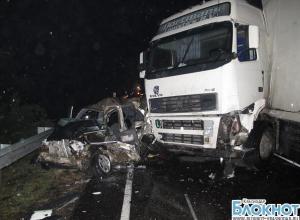 В Тихорецком районе произошла крупная авария с участием трех автомобилей