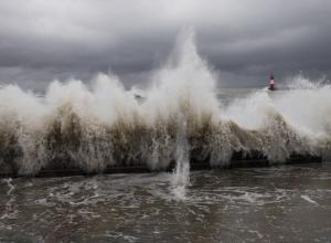 В Черном море разыгрался сильнейший шторм