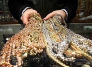 Житель Усть-Лабинска ограбил ювелирный магазин на 1 миллион рублей