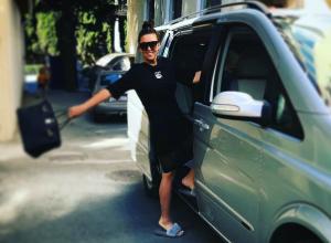 Певица Ирина Дубцова собирается по дороге в Геленджик «жрать фигню» на заправках
