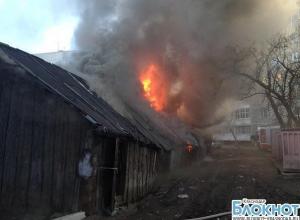В Краснодаре сосед пытался сжечь 63-летнюю пенсионерку