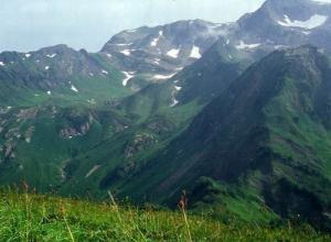В горах Сочи нашли московского туриста мертвым