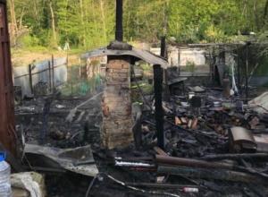 Трое маленьких детей погибли при пожаре в Геленджике