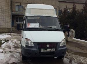 В Новокубанске водитель маршрутки сбил на перекрестке женщину с грудным ребенком