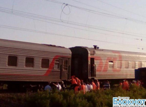 В Краснодарском крае пассажирский поезд сошел с рельс