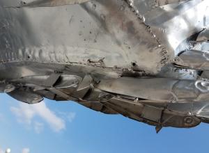 В Новороссийске памятник хамсе растаскивают «на сувениры»