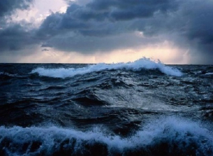 В Керченском проливе объявили штормовое предупреждение