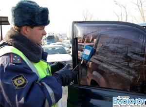 Около 200 водителей привлекут к ответственности за тонировку