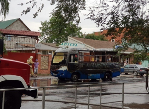 На ходу загорелась маршрутка в Краснодарском крае