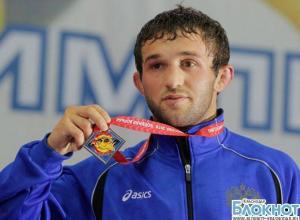 Кубанский атлет Бесик Кудухов получил медаль «За заслуги перед Отечеством»