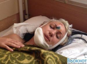 Во время ночных гонок в Краснодаре сбили двух девушек