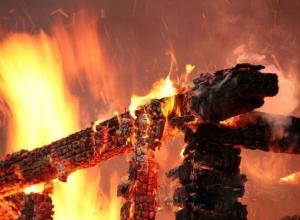 В огне погибли три жителя Тихорецкого района