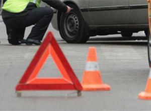В Краснодарском крае в результате ДТП у одного из автомобилей разорвало кузов