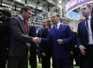«Пробуйте», - Медведев оценил проект наземного метров в Краснодаре