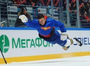 В костюме «Сочимена» выступил на матче звезд КХЛ форвард ХК «Сочи» Падакин
