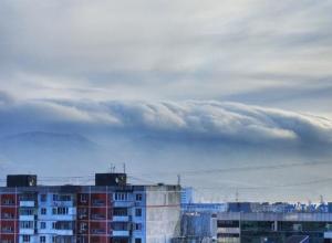 Ветер на Кубани стихает, но его скорость по-прежнему превышает 20 м/с