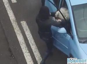 Краснодар: нарушительница ПДД распылила газовый балончик в чужой автомобиль