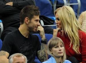 Футболист «Краснодара» Смолов намекнул, что брак с Лопыревой мешал его карьере