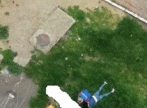 Упавшая с балкона армавирчанка едва не убила пенсионерку