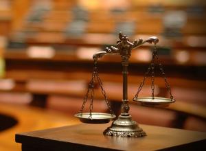 За секс с сестрой кубанского подростка приговорили к 100 часам работ