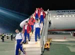 Сборные России и Турции прилетели в Сочи
