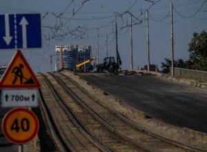Ни пройти, ни проехать: Садовый мост в Краснодаре закрыт полностью
