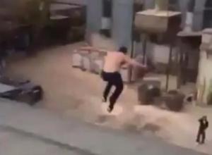 «Остановите, Паше надо выйти!» - в Краснодаре «Ямакаси» оказал сопротивление полиции