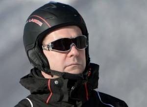 Премьер России Дмитрий Медведев на новогодних каникулах покатается на лыжах в Сочи