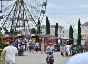 В мае-июне курорты Краснодарского края приняли более трех млн туристов
