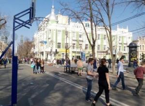 На улице Красной в Краснодаре поставят теннисные столы и баскетбольные кольца