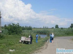 В Абинском районе мужчина перевернулся на мотороллере