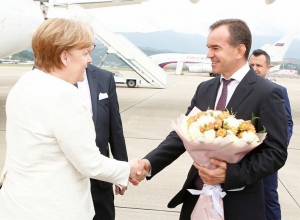 Губернатор Кубани встретил в аэропорту Сочи Ангелу Меркель