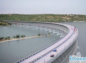 Мост из Краснодарского края в Крым теперь можно увидеть (ВИДЕО)