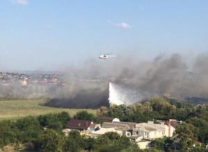 Пожар под Анапой тушат с вертолета, готовится самолет