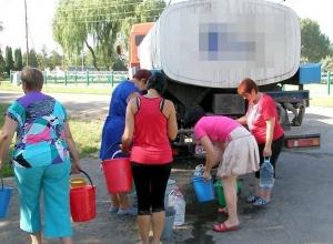 На Кубани без воды остались более 4000 жителей из-за аварии на водопроводе