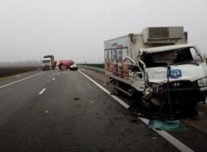 Крупное ДТП: на Кубани врезались друг в друга три грузовика