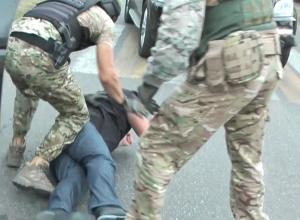 Задержание лже-оперативника в Краснодаре попало на видео