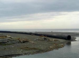 Нечистоты за несколько месяцев сгубили море возле Сочи