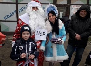 «Новогодний пикет» устроили обманутые дольщики для власти Краснодара