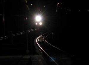 Пассажирский поезд в Абинске задавил 23-летнего парня