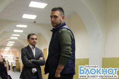 Скандального журналиста Никулина признали виновным в избиении «справоросса»