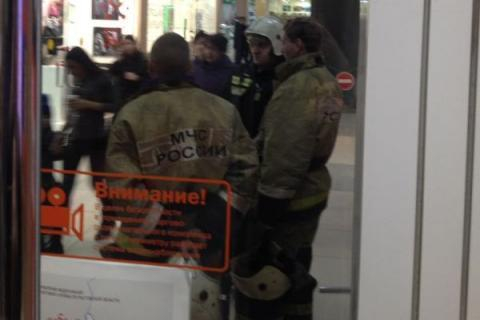 «Атака телефонных террористов»: в Ростове-на-Дону также «заминировали» ТЦ, как и в Краснодаре