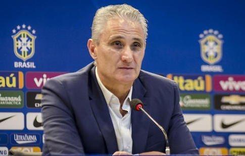 Тренер сборной Бразилии по футболу испугался нападающего «Краснодара» Смолова