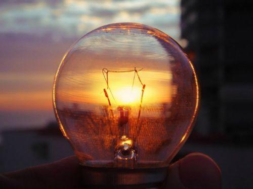 Без света и связи оставила Кубань весь Крым