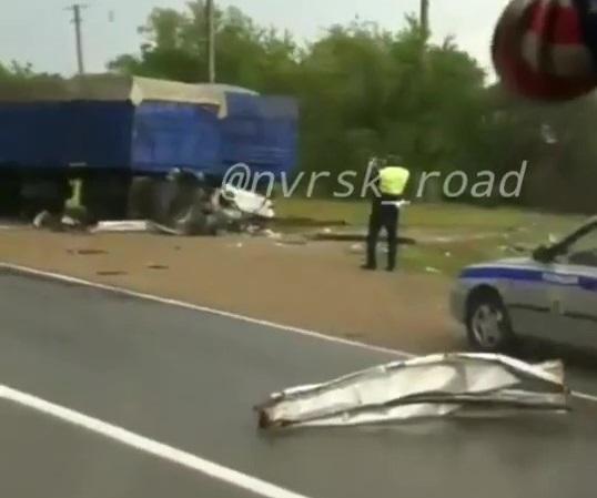 Женщина-пешеход погибла под колесами большегруза в Крымском районе