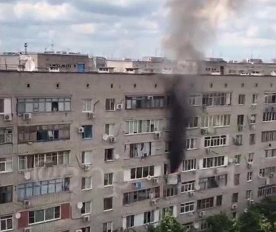 Пожар в Краснодаре: огонь стал угрозой для взрыва
