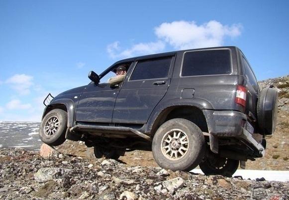 В Сочи туристов катали на УАЗе с неисправными тормозами